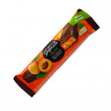 Infanta (40 g, french plum and peanuts)
